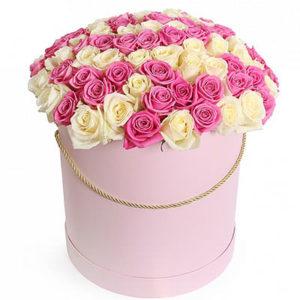 замовити Коробка з 51 білої і рожевої трояндою!