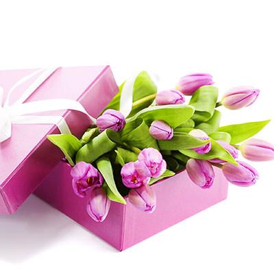 замовити Рожеві тюльпани в коробці