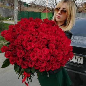 """замовити 101 метрова червона троянда """"Для коханої!"""""""