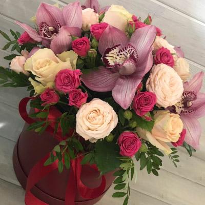 замовити Букет з орхідеями в коробці